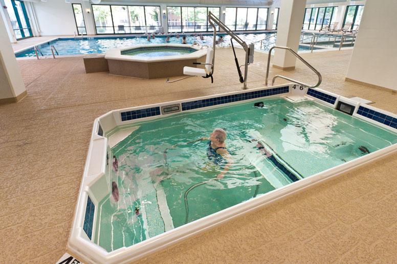 Aqua fitness in HydroWorx hydrotherapy pool resized 176